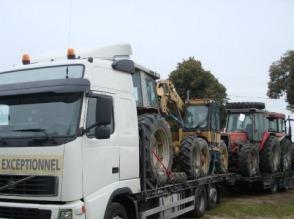Transport maszyn rolniczych, kombajnów, ciągników, sieczkarni do kukurydzy, koparek - zdjęcie 1