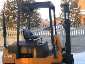 Wózek widłowy GPW 2005, ZREMB GLIWICE, 2T, spalinowy, manualny, UDT, TANI - zdjęcie 1