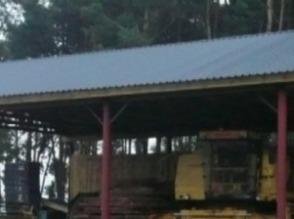 Wiaty pod maszyny rolnicze, wiązary kratowe drewniane. - zdjęcie 1