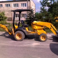Koparko-ładowarka Mini CX JCB - zdjęcie 1