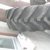 16.9-28 (440/80-28) Opona budowlana  - zdjęcie 1