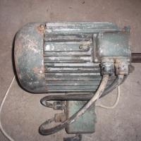 Sprzedam silnik elektryczny 7,5kW - zdjęcie 1