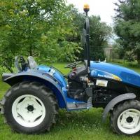 New Holland T3030 - zdjęcie 1