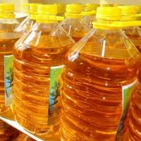 Ukraina.Produkujemy olej slonecznikowy 1-3-5L PET pod marka,etykieta zleceniodawcy.2000 ton miesiecznie.Spozywczy doskonalej jakosci rafinowany,nierafinowany.Opakowanie butelki plastikowe roznej pojemnosci,cena 5 litrow ~4,6$.Duze ilosci luzem flexitanki - zdjęcie 1