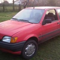 Sprzedam Forda Fieste 1800  - zdjęcie 1