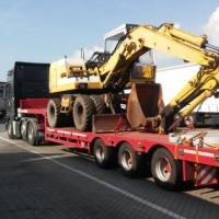 Transport maszyn, ciągników - zdjęcie 1