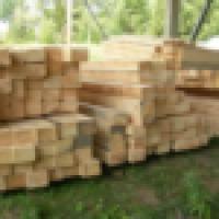 Ukraina. Produkcja tartaczna. Podklady kolejowe 250 zl/m3, nasycone 290 zl/m3. Ekologiczne z drewna iglastego i lisciastego. Impregnowane olejem kreozotowym ze smoly weglowej, asortyment obejmuje duzy wybor rozmiarow. Drewniana nawierzchnia produkowana zg - zdjęcie 1